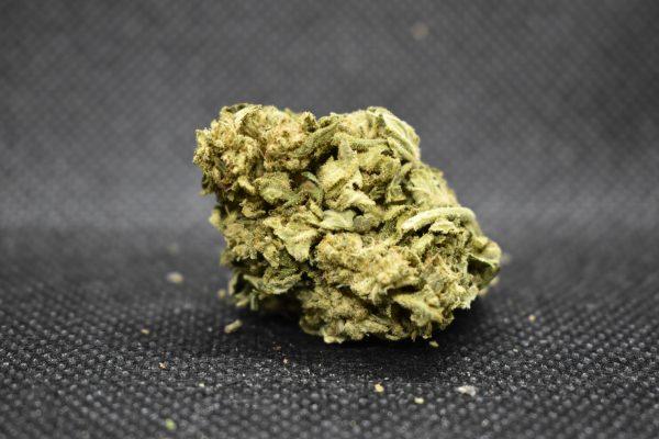 Weed strain nug showing green crack strain