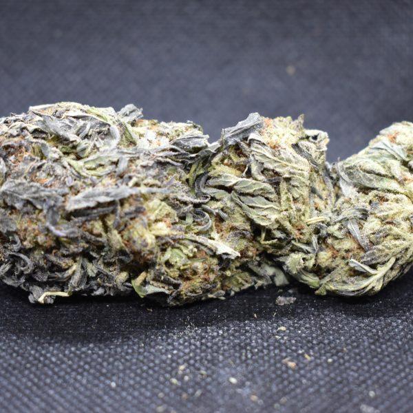Weed strain nug showing sour diesel strain